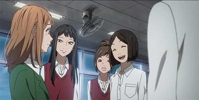 Naho with schoolmates